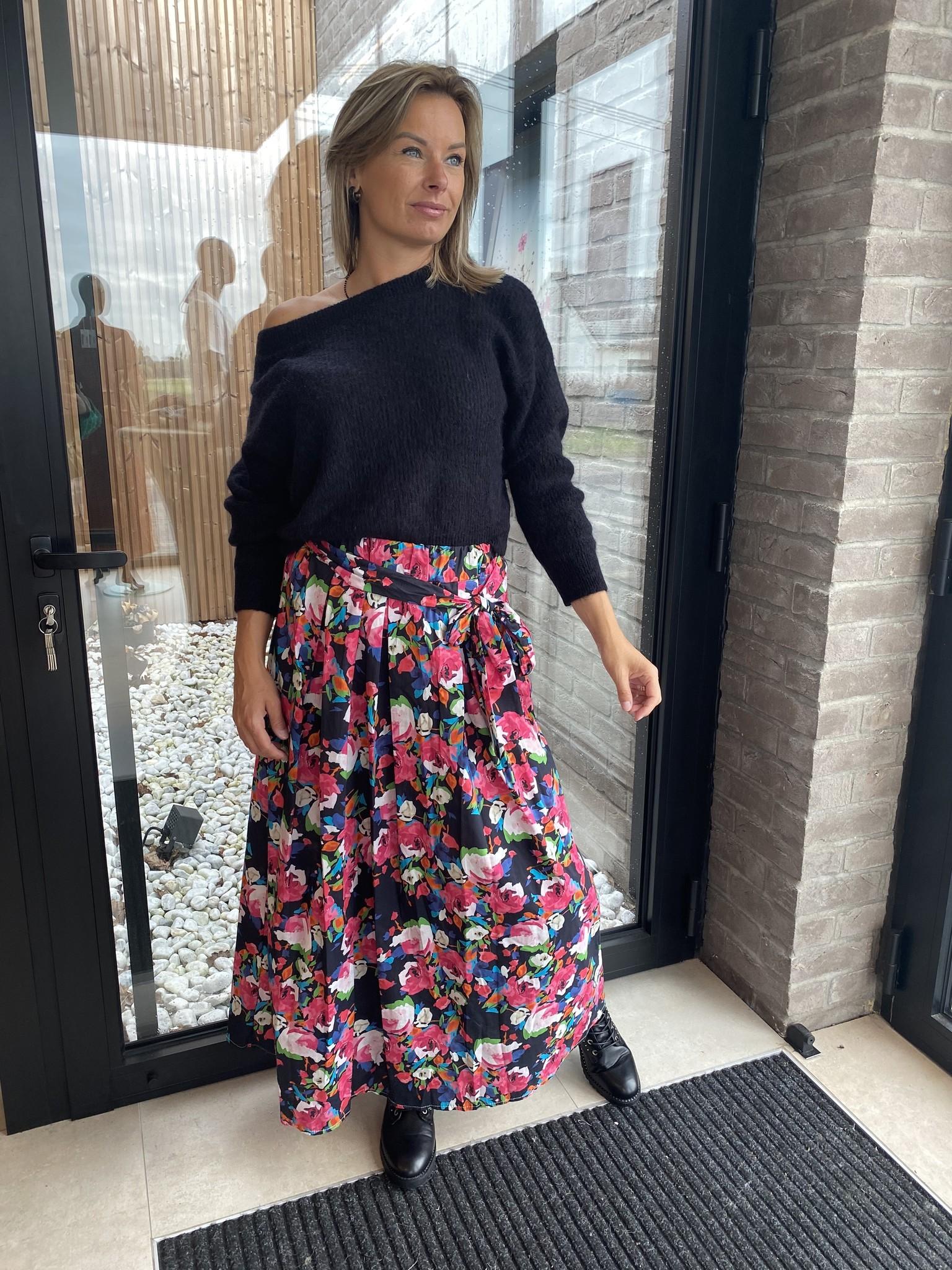 Skirt Josje Black Flower TU