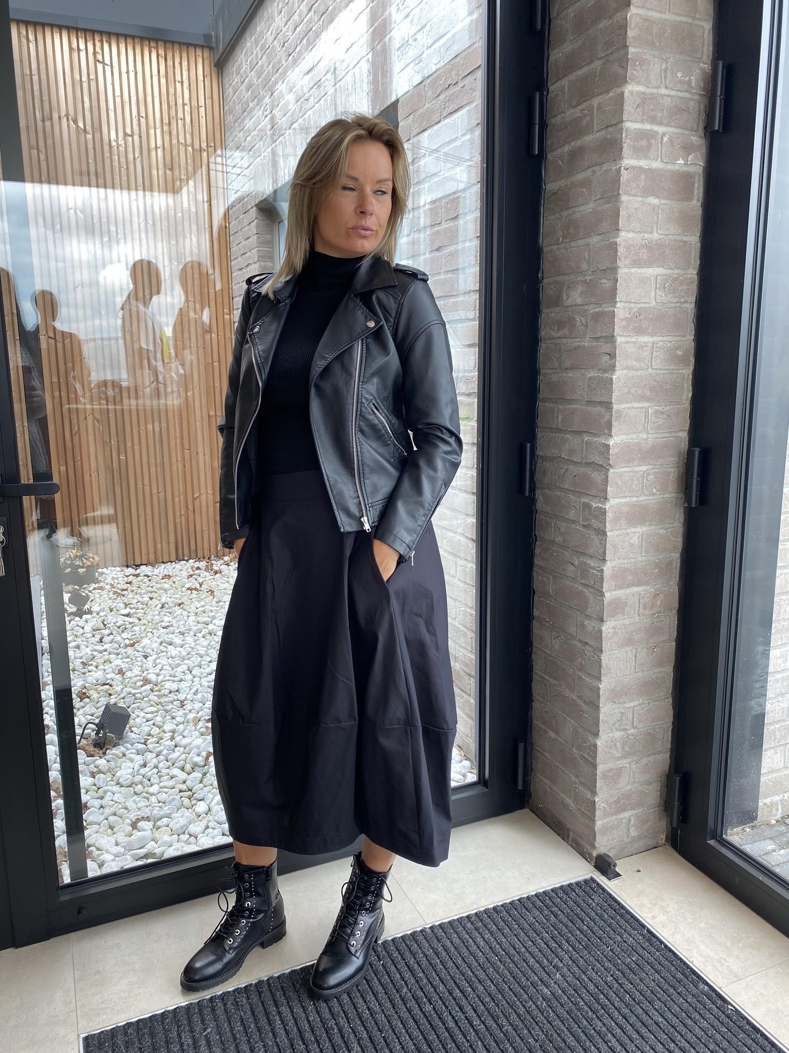 Skirt Gaelle Black TU