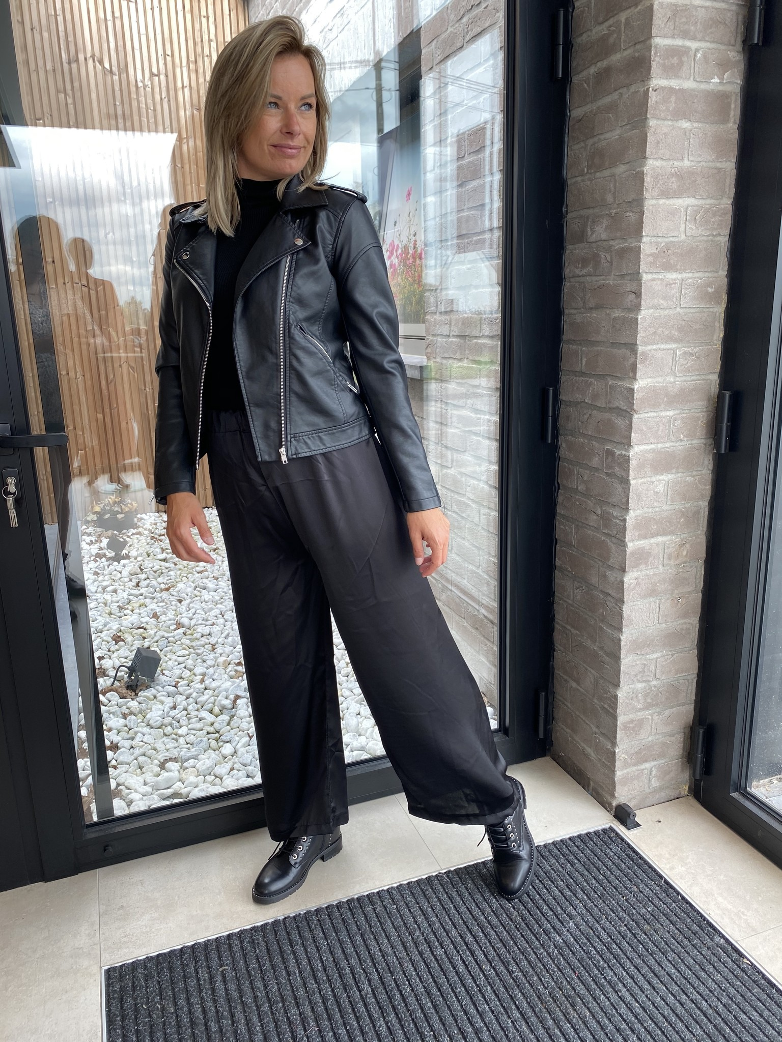 Satin trousers Zwart TU