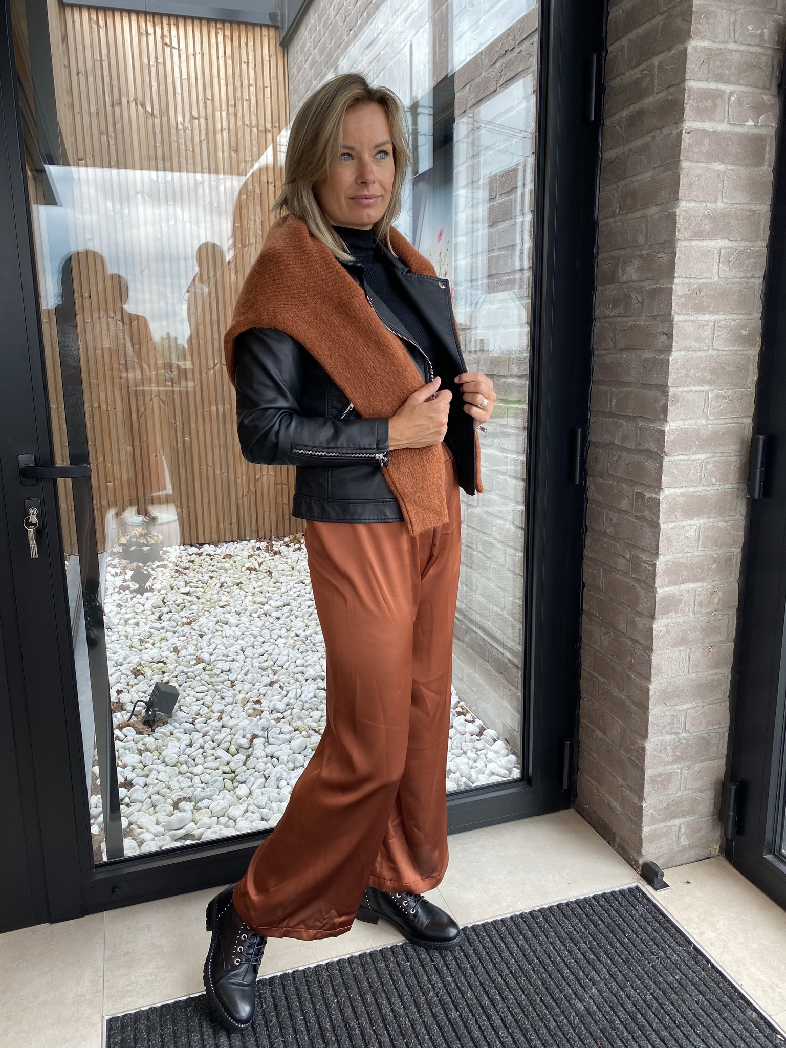Satin trousers roest TU