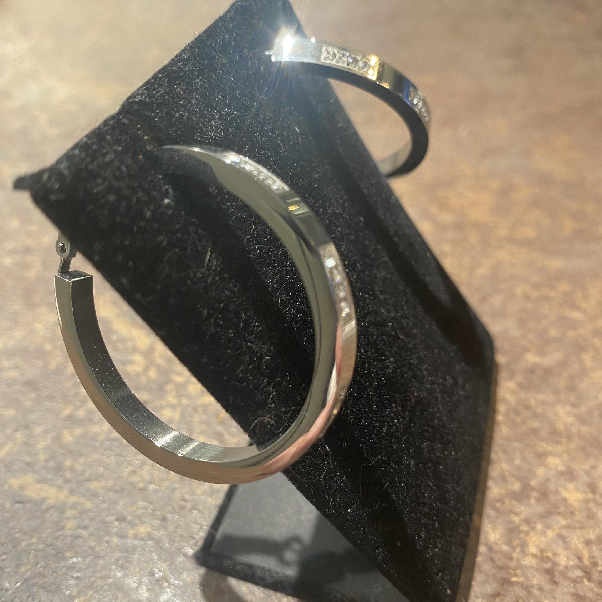 Hoops silver diamonds