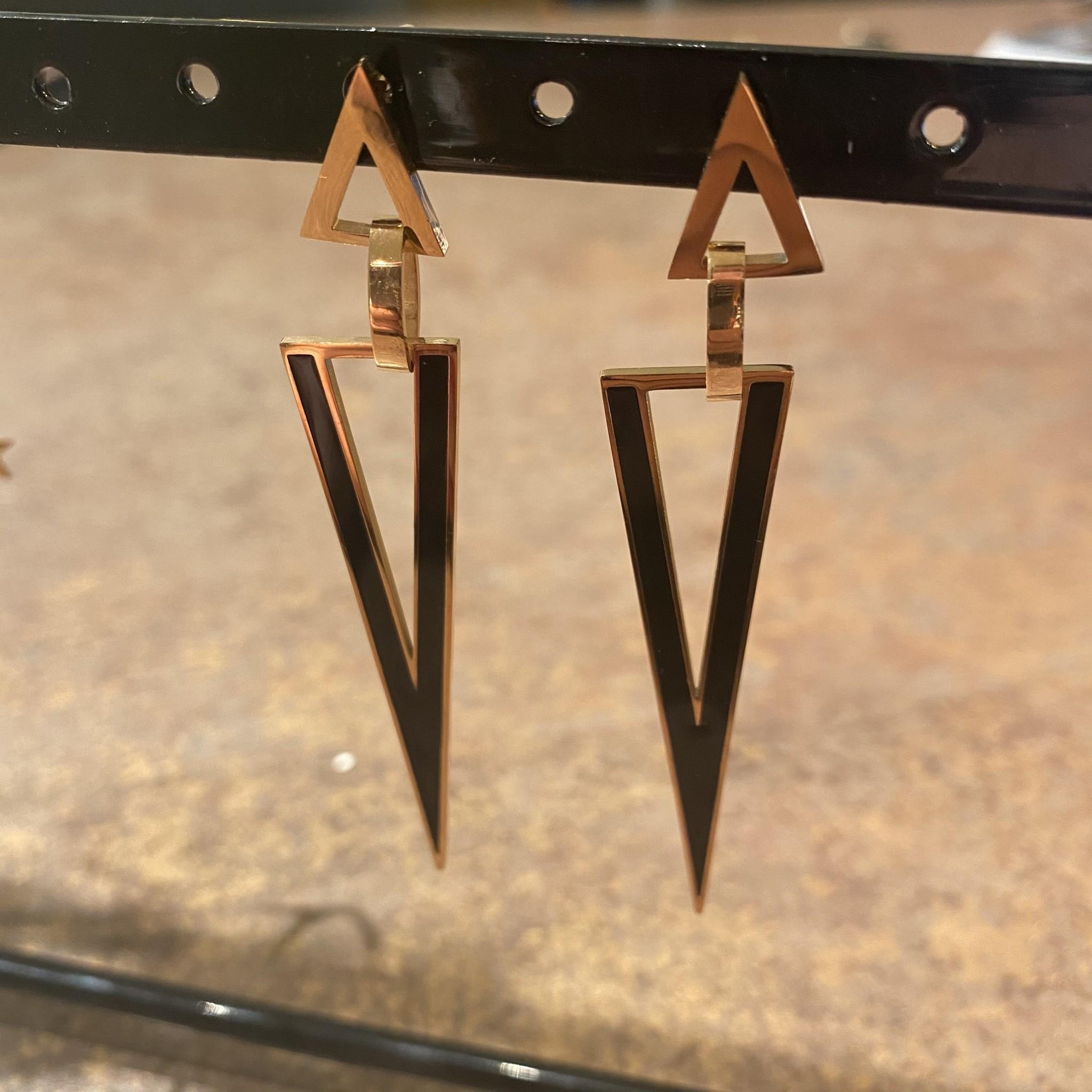 Oorringen triangle black gold