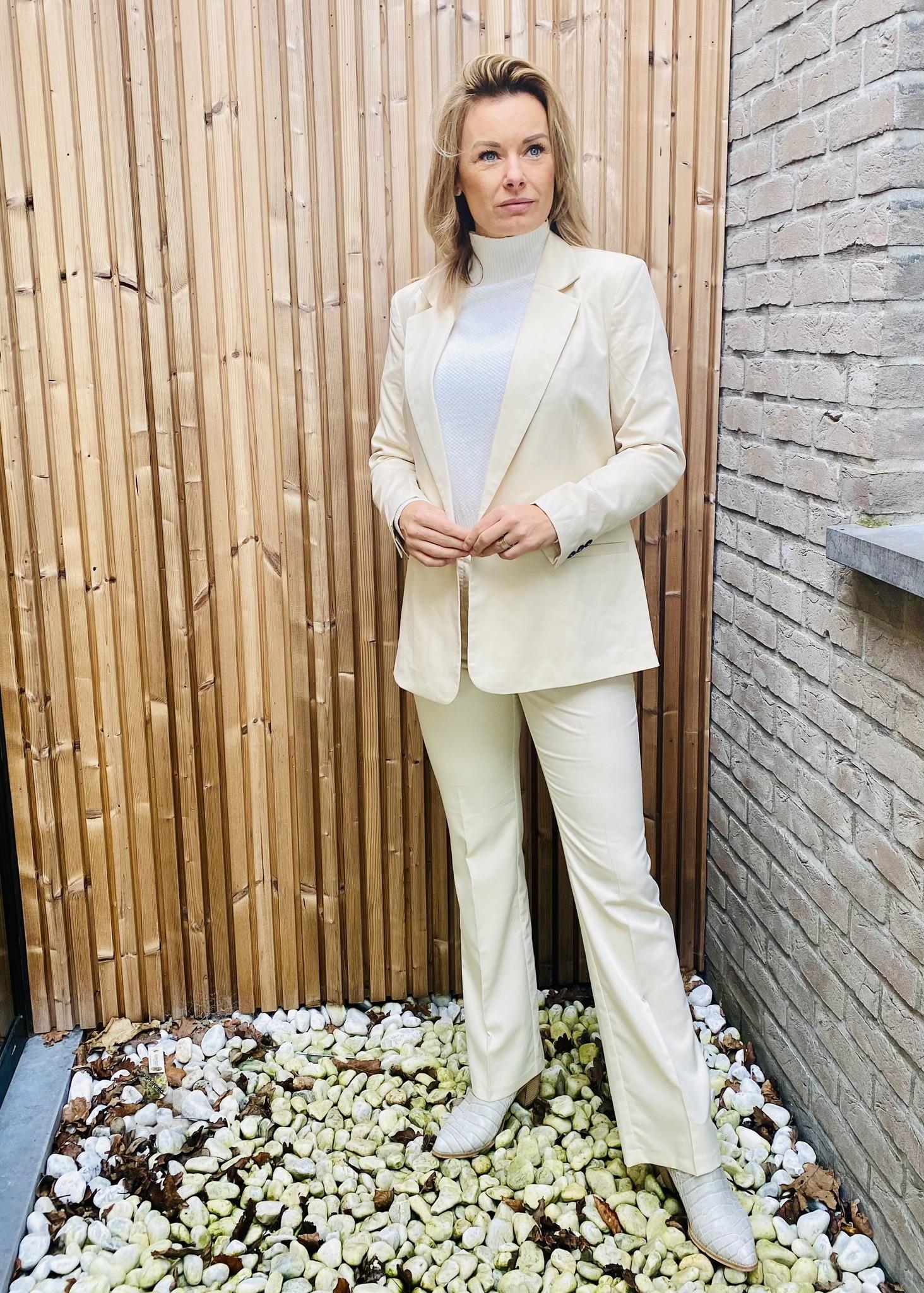 Lili blazer porcelain
