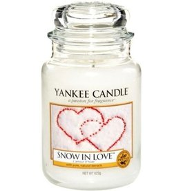 Yankee Candle Snow In Love 623g