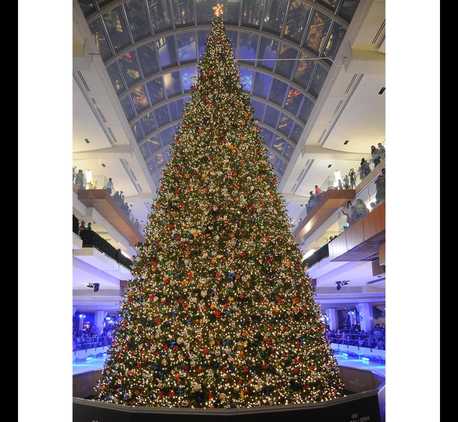 Grote Kunstkerstboom Giant Tree 10 Meter   Inclusief Led