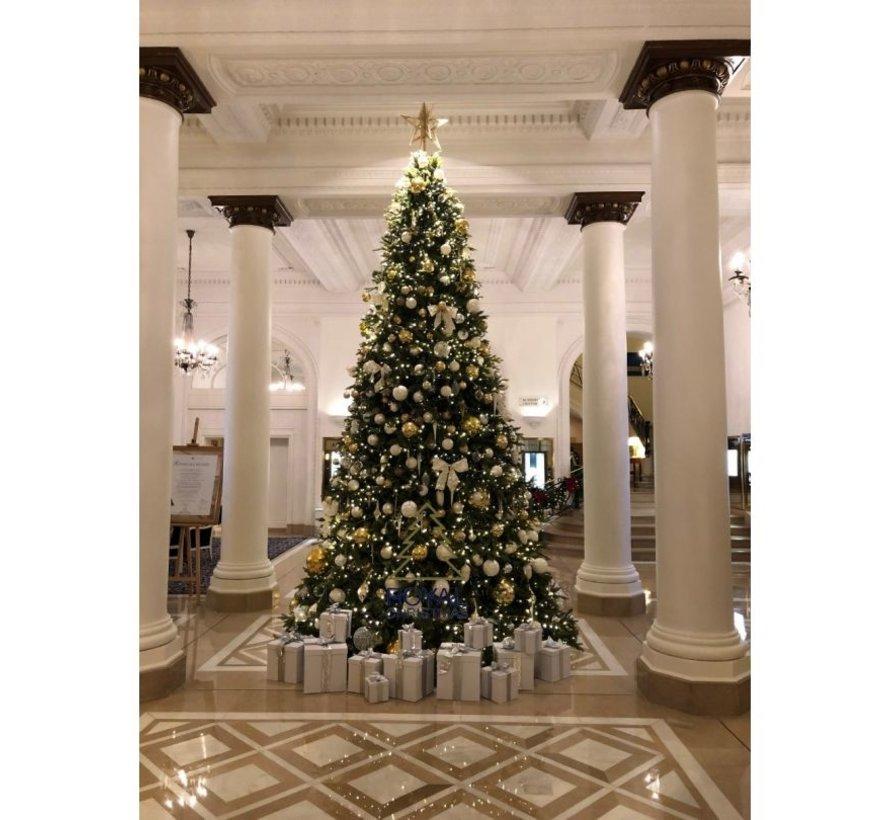 Grote Kunstkerstboom Giant Tree 440 cm   Inclusief Led