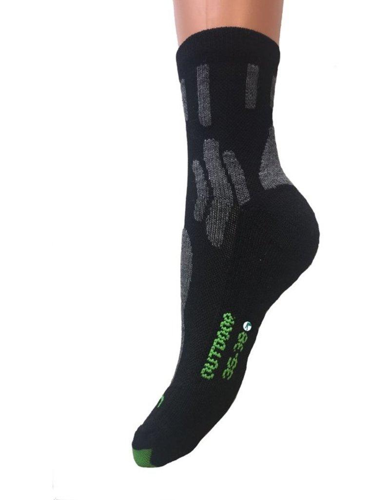 Outdoor sokken van Bamboe met vlakke teennaden. -43-45-Zwart