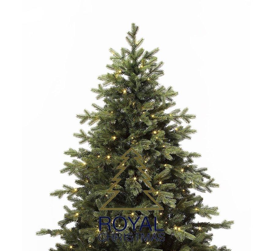 Kunstkerstboom Spitsbergen 450 cm met LED + Smart Adapter | Royal Christmas®