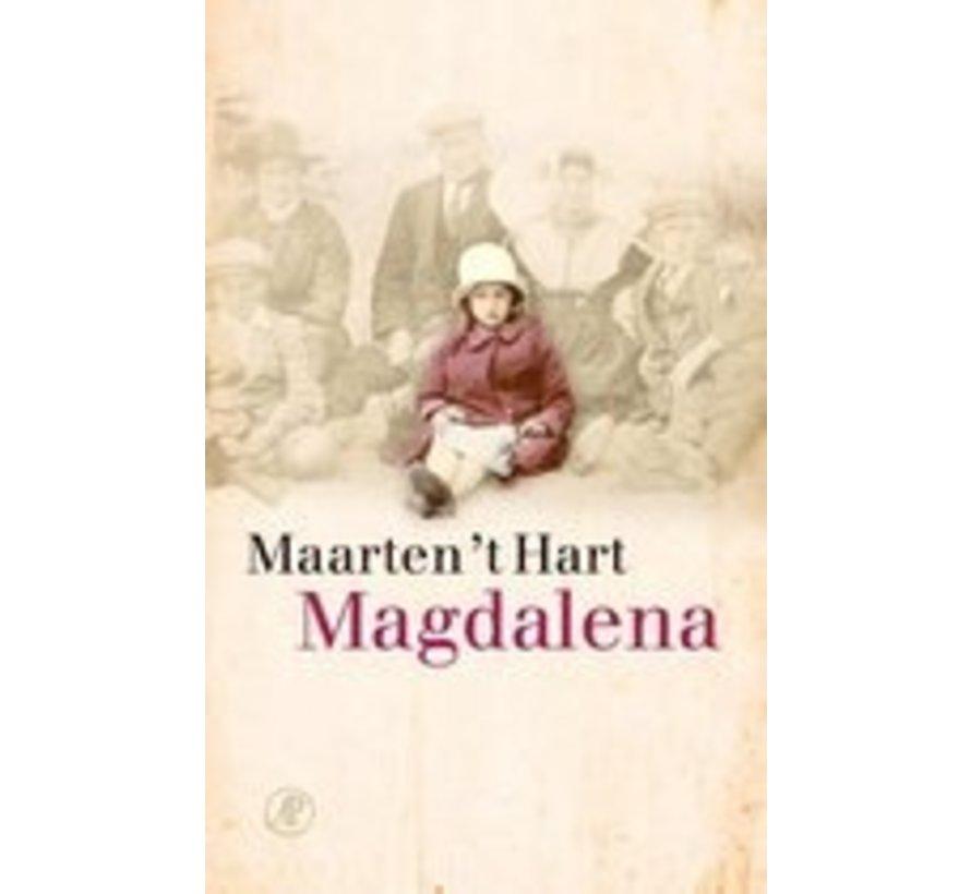 Magdalena van Maarten 't Hart   Paperback van 224 pagina's