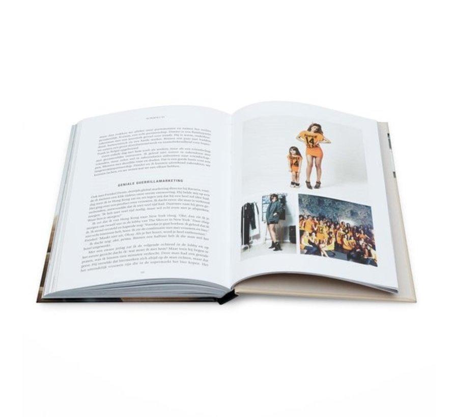 SuperOlcay van Olcay Gulsen | Hardcover van 204 pagina's
