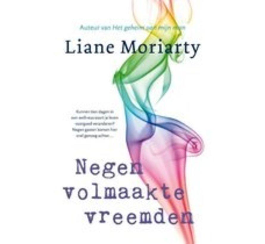Negen volmaakte vreemden van Liane Moriarty | Paperback van 400 pagina's