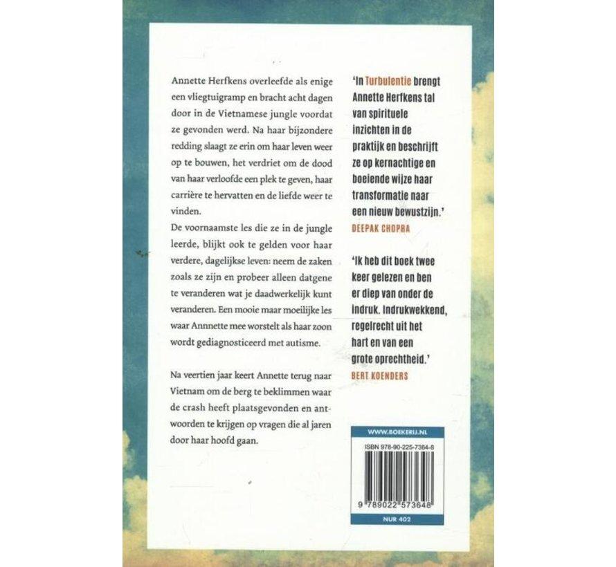 Turbulentie van Annette Herfkens | Paperback van 304 pagina's