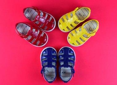 Schoenen en Tassen