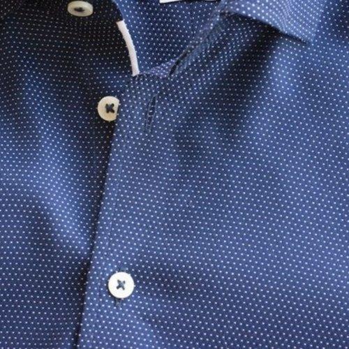Uit de kreukels met strijkvrije overhemden