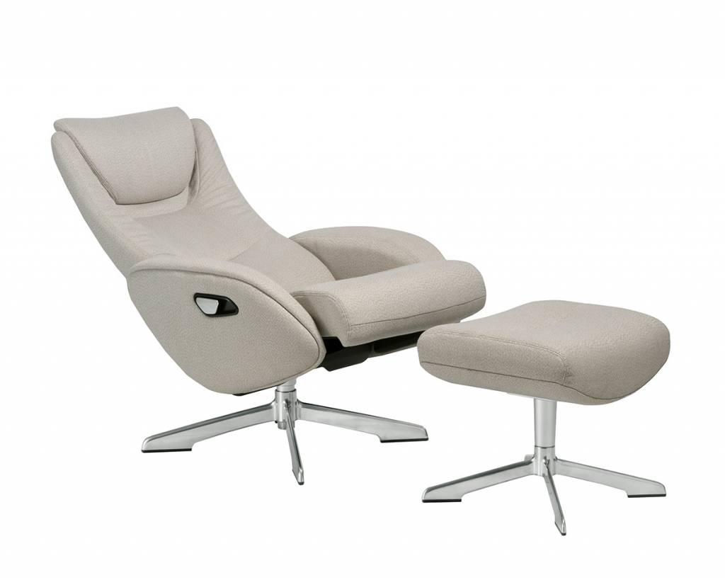 Relaxstoel Met Hocker.Maya 207 Relaxfauteuil Met Hocker In Beige Stof