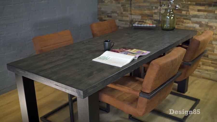 Industriele Sloophout Tafel.Steigerhout Eettafel Met Stalen Poten Koop Je Bij Design85 Shop Nu