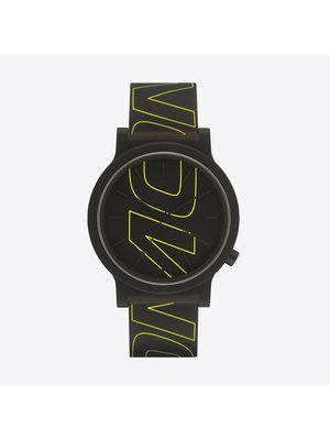 Komono Mono Tag Yellow Lines Horloge
