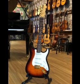 Fender Fender stratocaster 50 anniversary 1996 sunburst flame maple | Occasion