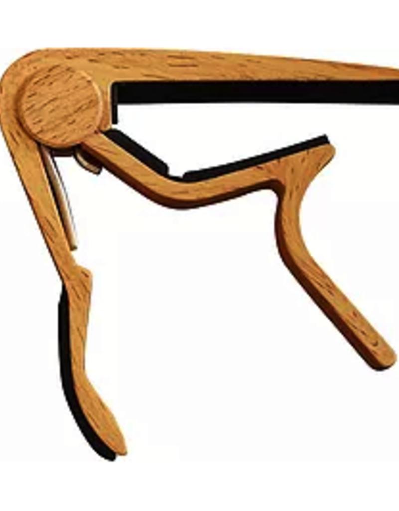 Capo  trigger voor steelstring gitaar Licht hout