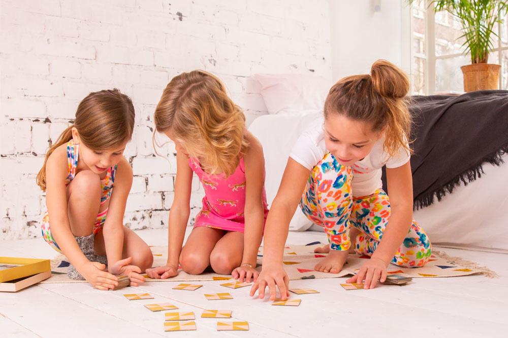 Laat je kind stralen in de vrolijke en duurzame kinderkleding van Claesen's