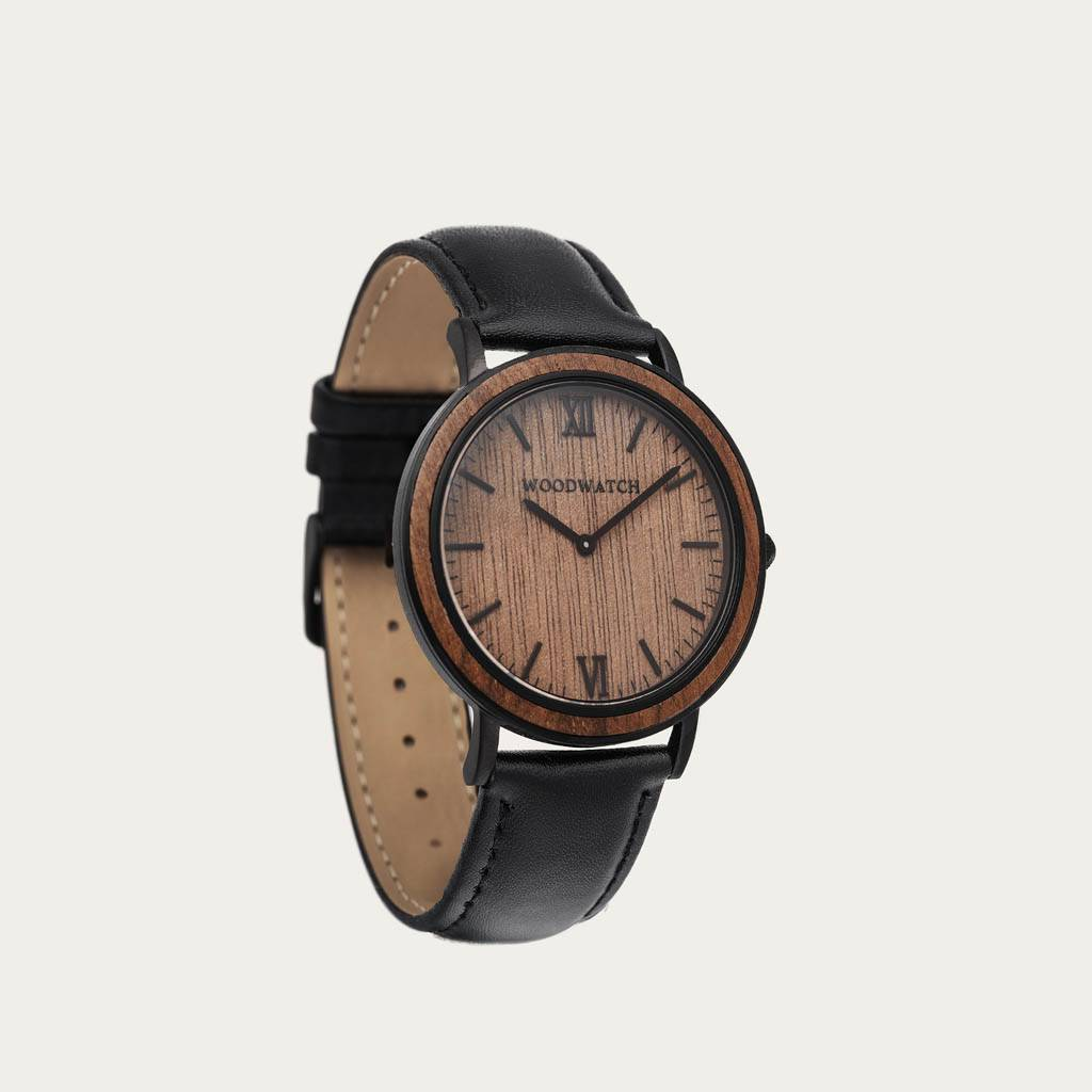 woodwatch män träklocka minimal kollektion 40 mm diameter brown walnut jet valnötsträ svart läderband