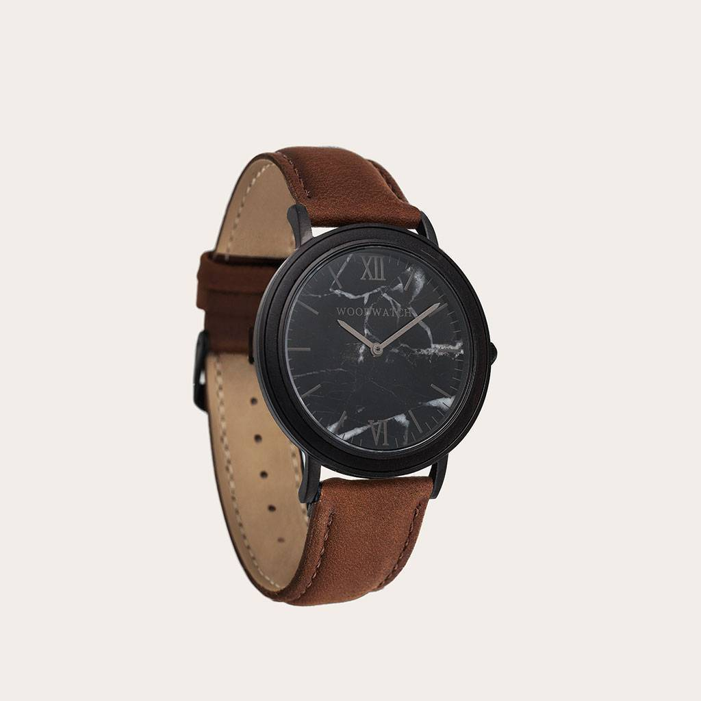 woodwatch män träklocka minimal kollektion 40 mm diameter black marble pecan marmor ebenholts trä brunt läderband
