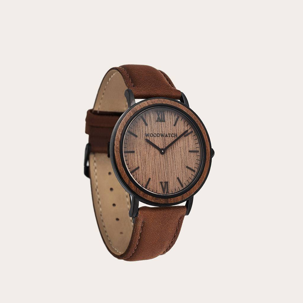 woodwatch män träklocka minimal kollektion 40 mm diameter brown walnut pecan valnötsträ träbrunt läderband brunt läderband