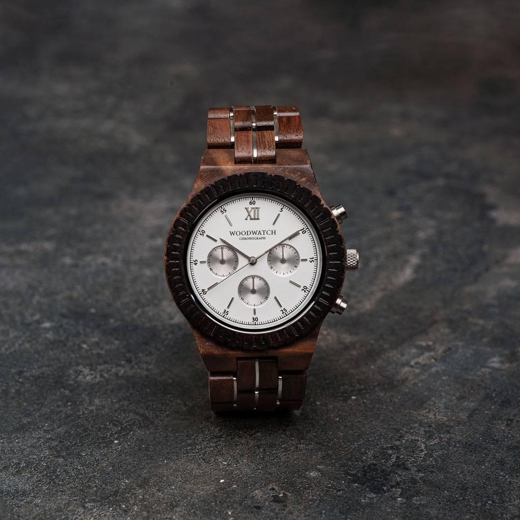 woodwatch män träklocka chronograph kollektion 45 mm diameter everest valnötträ svart sandal