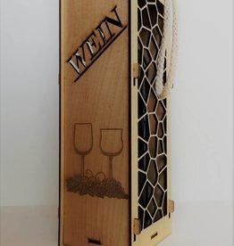 Weinbox aus Holz mit Gravur