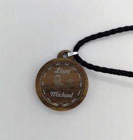 Halskette mit Sternzeichen und Wunsch Gravur