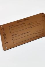 Das Boxenschild mit Gravur der Abstammungstabelle aus wetterfestem Acrylmaterial im Metallic Look!