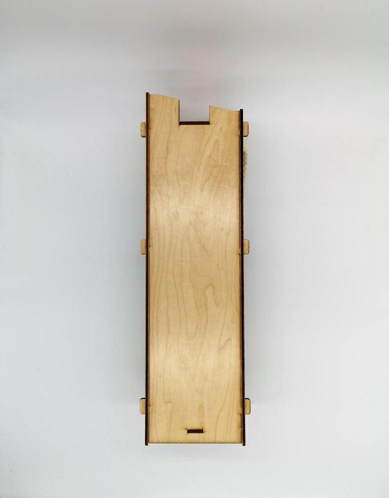 Weinbox aus Ahorn Holz im edlen Design und Deiner Wunsch Gravur machen sie zu einem echten Hingucker!