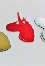 KS Laserdesign Personalisiere deinen Einhorn Schlüsselanhänger mit Wunsch Gravur! Wähle deine Lieblingsfarbe aus und personalisiere ihn mit dem Produktkonfigurator.