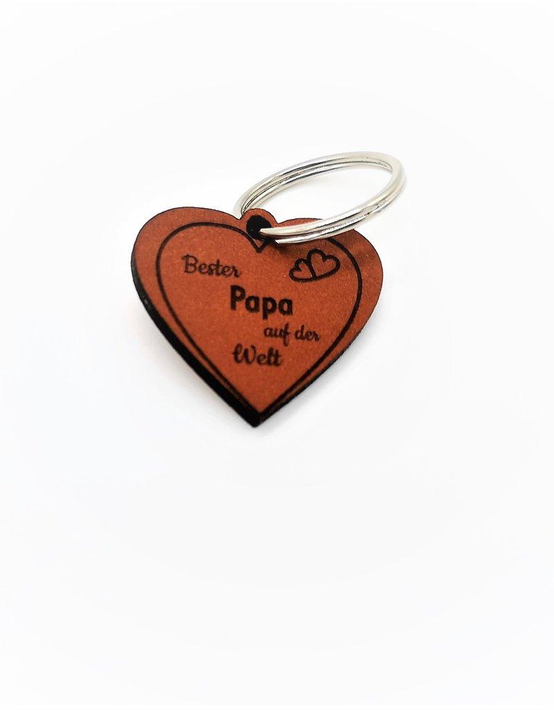 Mache deinem Vater eine Freude mit unserem tollen Schlüsselanhänger aus Leder mit Gravur!