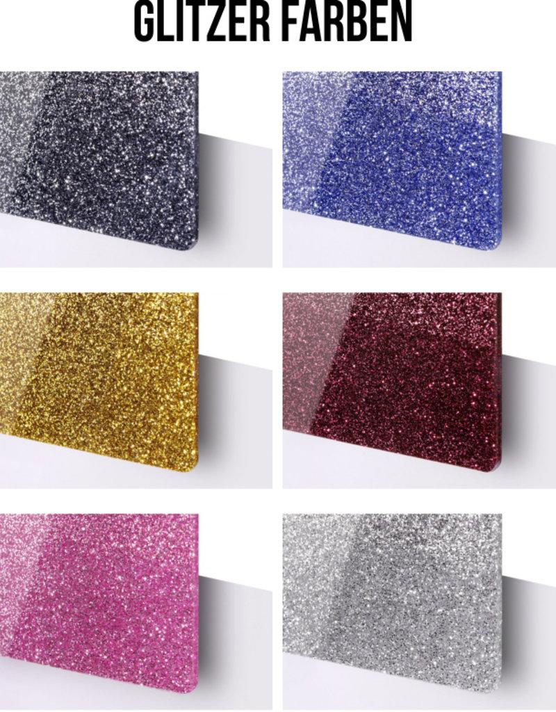 KS Laserdesign Entdecke unsere Kleeblatt Pferdemarke in der Special Glitter Edition und personalisiere es mit deiner Wunschgravur!