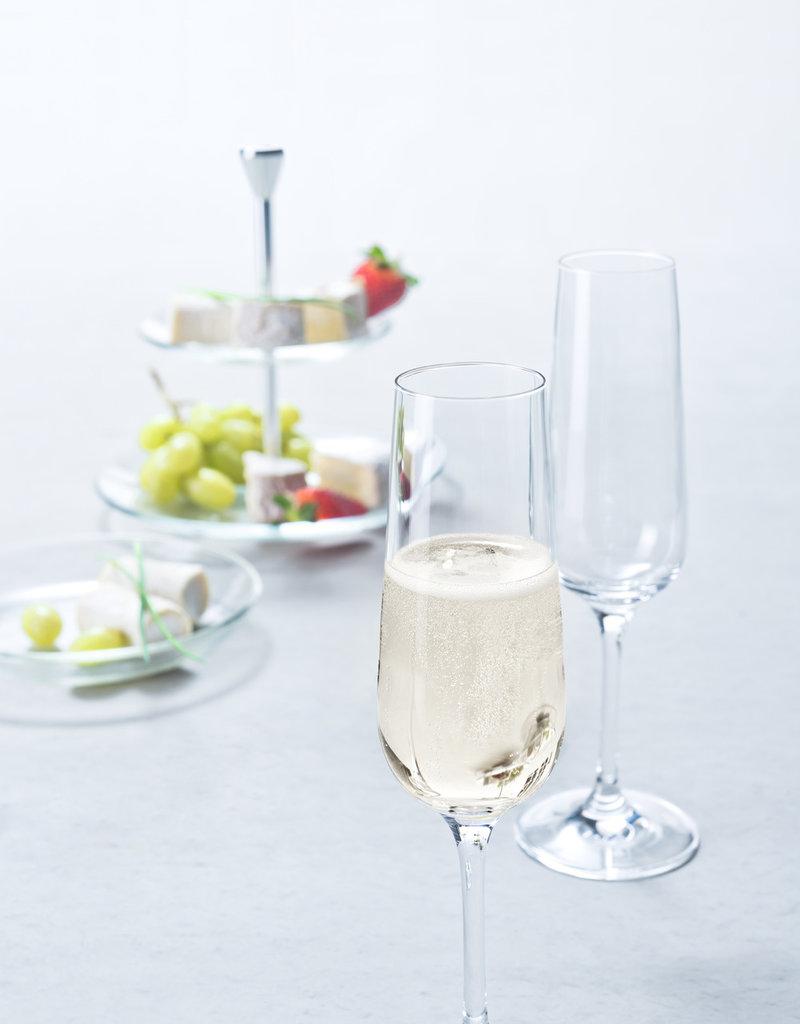 Leonardo Mit deinem Gravur Wunsch und dem modernem Design wird das Sektglas zur absoluten Geschenkidee!