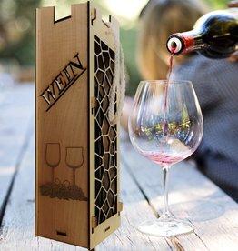 Weinflaschebox aus Holz mit persönlicher Gravur