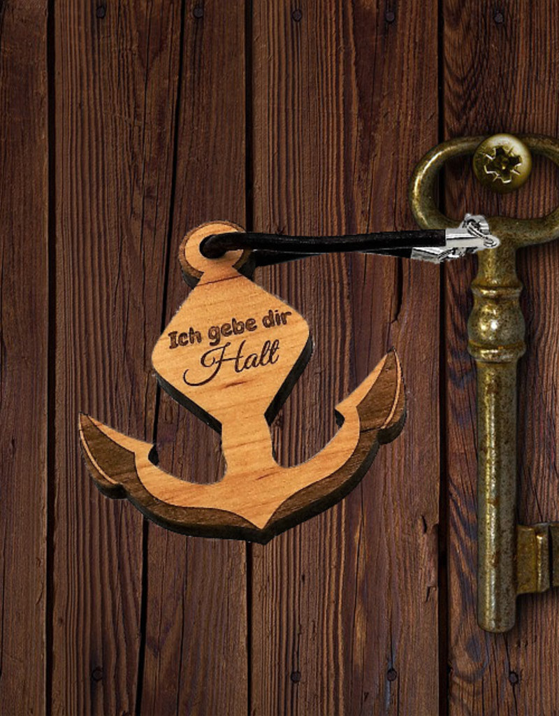 Gestalte Deinen Schlüsselanhänger in Form eines Ankers mit Deiner Wunsch Gravur und wähle zwischen Grafiken und diversen Schriftformen!