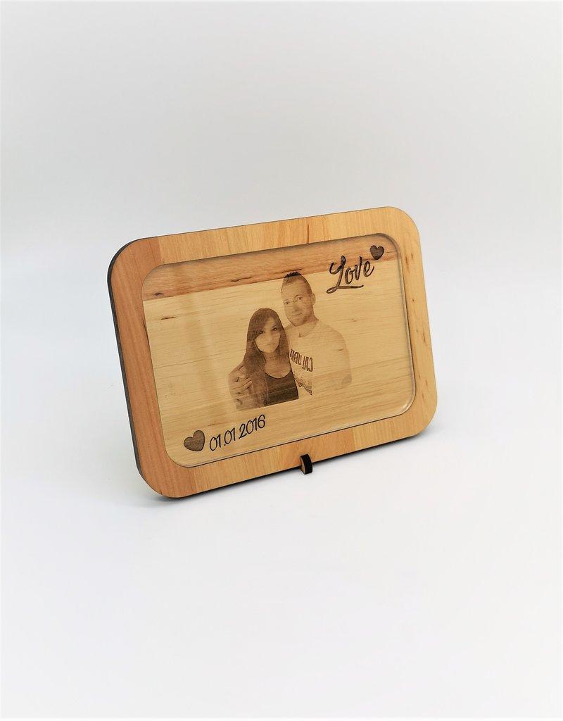 Dein Lieblingsfoto wird zu einem echten Hingucker mit der personalisierten Fotogravur!