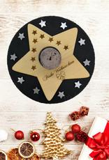 Der wunderschöne Kerzenhalter mit großem Weihnachtsstern und Gravur bringt Vorfreude zur Weihnachtszeit!