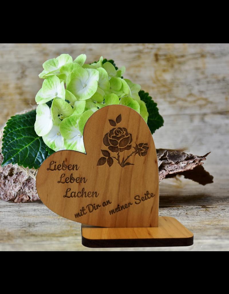 KS Laserdesign Verschenke tolle Botschaften mit dem Dekoherz aus Holz und deiner persönlichen Gravur!