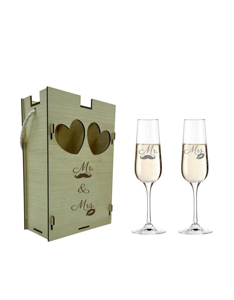 kslaserdesign Eine schöne Geschenkidee zu vielen Anlässen die Sektgläser im Set mit Geschenkbox aus echtem Holz!