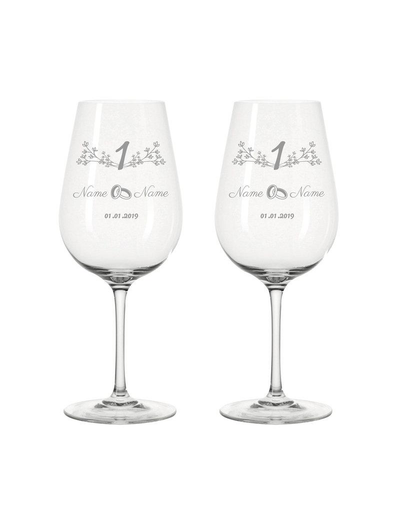 Leonardo Immer eine tolle Geschenkidee, das Weinglas Set zum 1-Jährigen Jubiläum der Papierhochzeit!