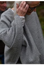 Lapuan Kankurit poncho Corono light grey