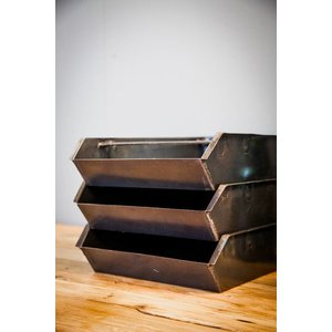 Brût Home Industrials Stackable tray Steel