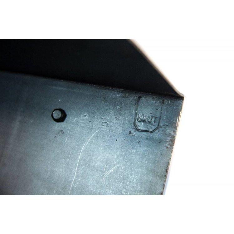 Brût Home Industrials Brût Home Industrials Wall shelf steel 90x20x20cm