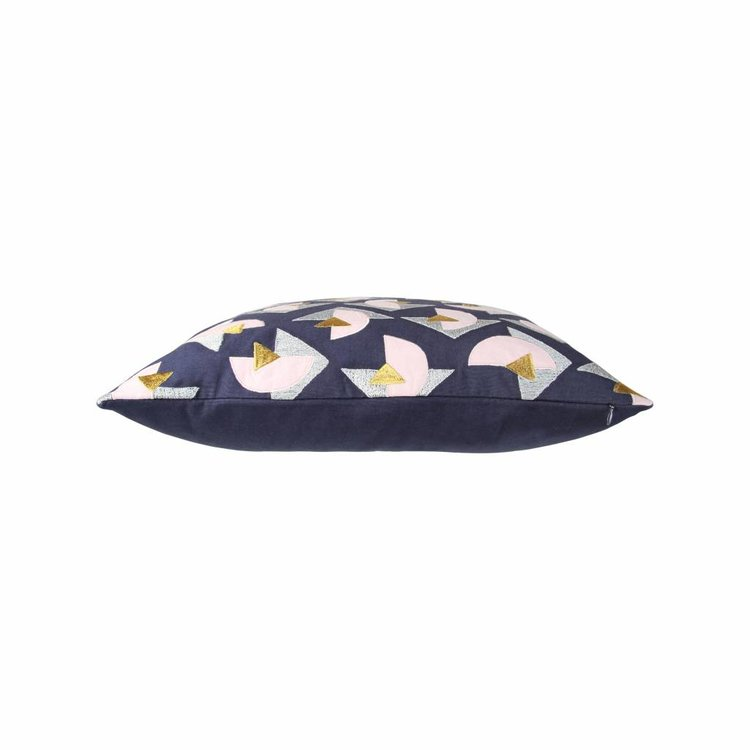 &Klevering &Klevering Kussen driehoek grijs & roze