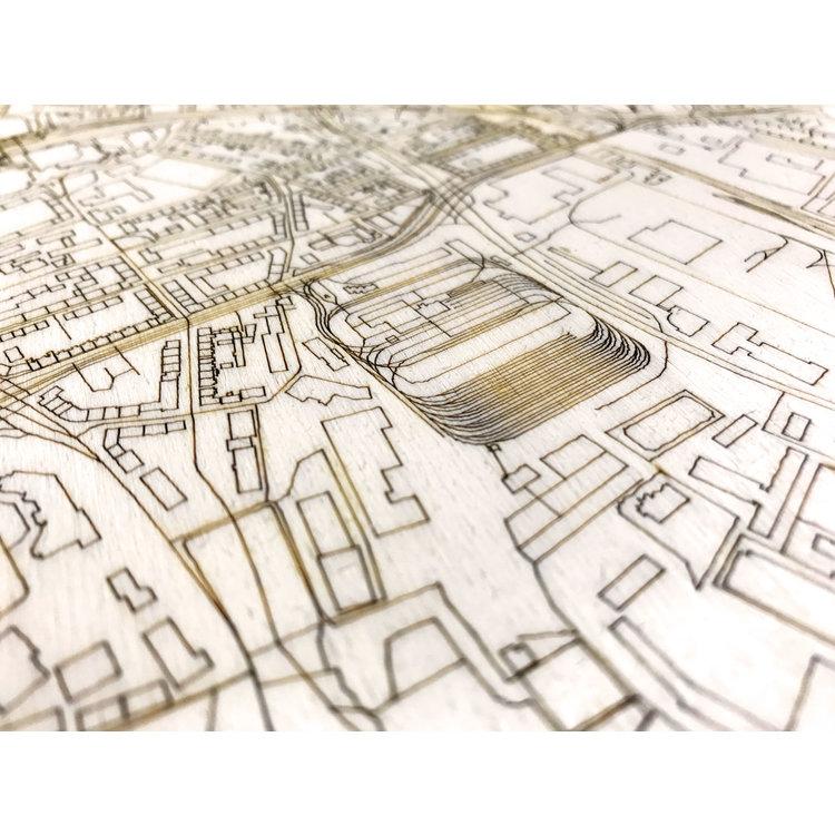 BRANDTHOUT. BRANDTHOUT. Wanddecoratie Citymap Essen | Houten wandpaneel