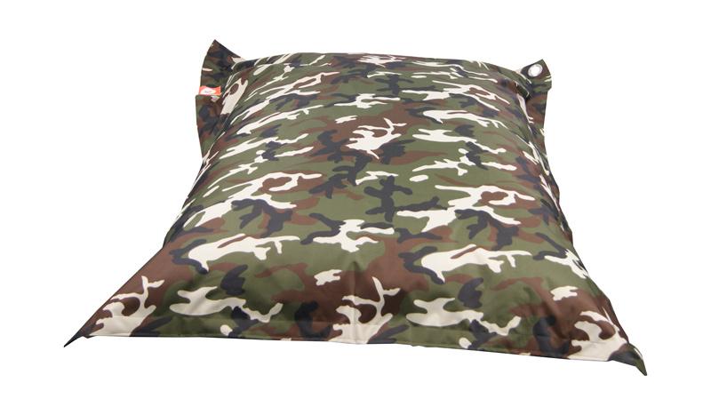 <h3>Comfortabele camouflage rechthoekige Medium zitzak van Whoober-outdoor kwaliteit die in Nederland door Whoober wordt geproduceerd. Gratis verzending en binnen enkele werkdagen in huis!</h3><h2>Belangrijkste eigenschappen vande St. Tropez Medium</h2><