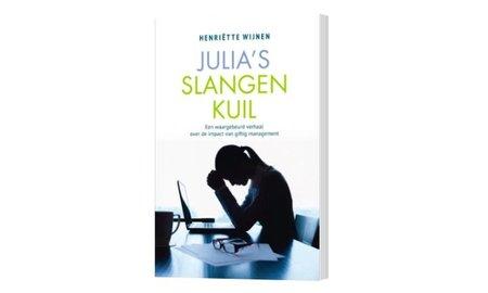 Henriëtte Wijnen Julia's slangenkuil